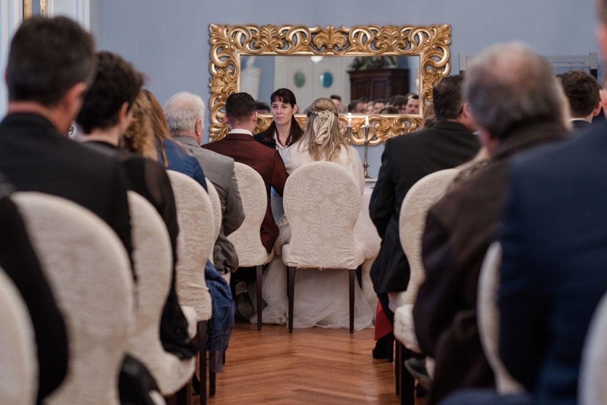 Trauung-im-Schloss-Laufen-Hochzeitsfotograf-Schweiz
