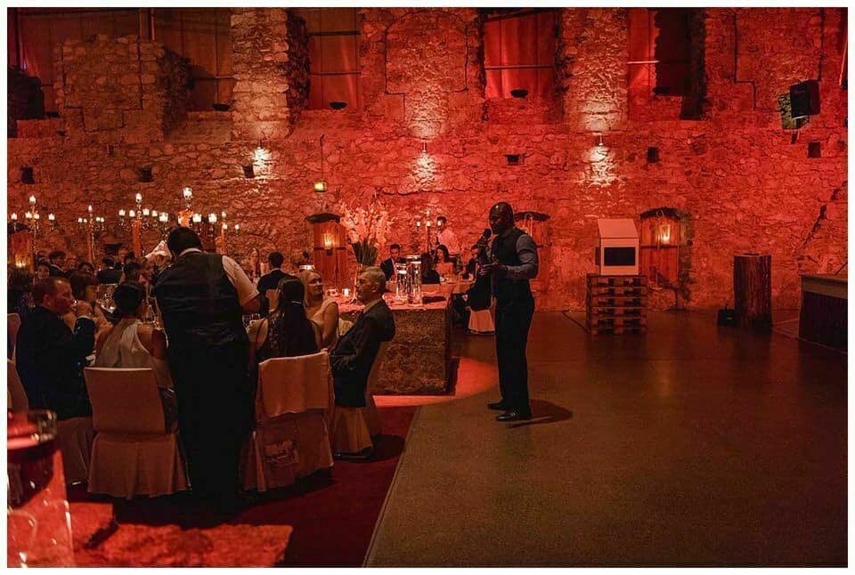 Hochzeit Burg Erhebung tirol