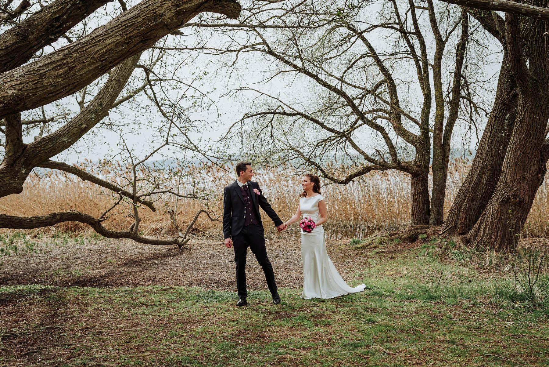 Liebevolle Brautpaar Bilder
