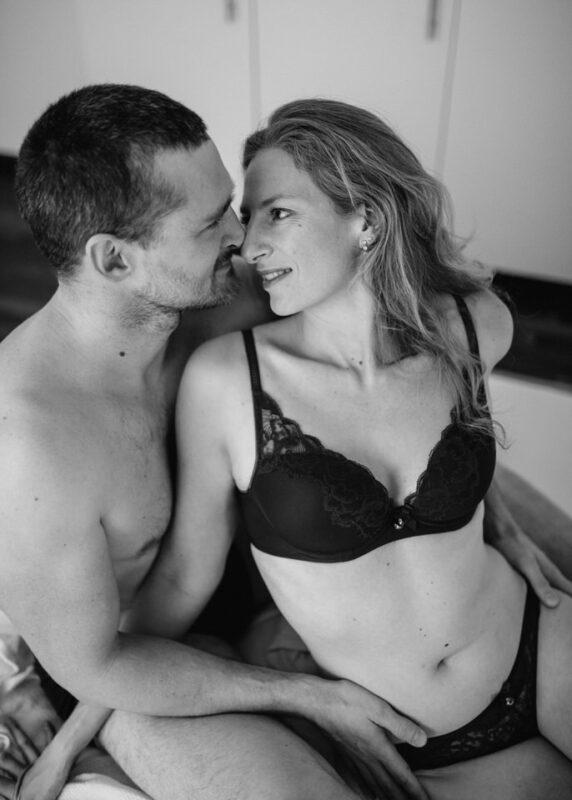 sensual Boudoir intimes Paar Shooting