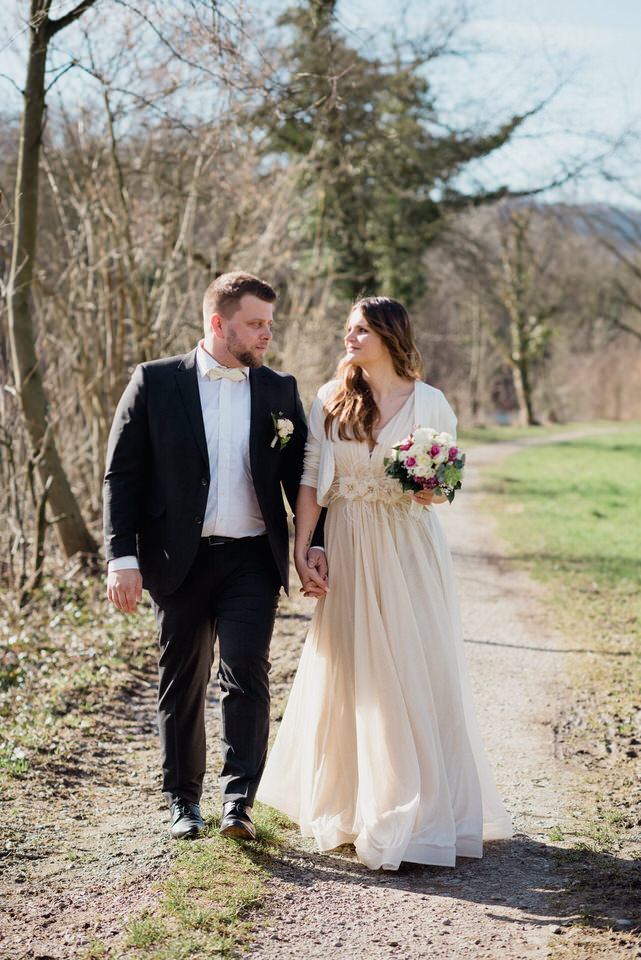 Brautpaarbilder an der Limmat